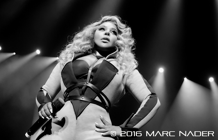 Lil Kim performing on the Hip Hop Smackdown Tour at The Fox Theatre in Detroit, MI on May 28th 2016 Photo by Marc Nader